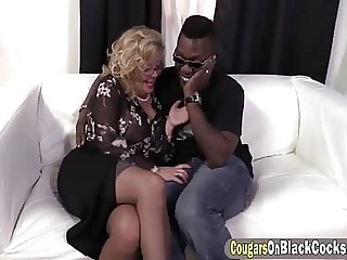 Domineer mature gets fucked firm away from a BBC
